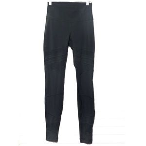 Lululemon Athletica leggings high rise size 6